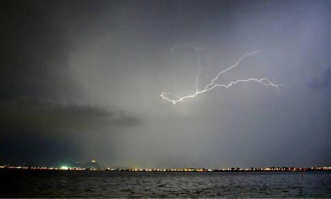 Καιρός: Η εξέλιξη της κακοκαιρίας τις επόμενες ώρες - Πού θα σημειωθούν καταιγίδες την Πέμπτη