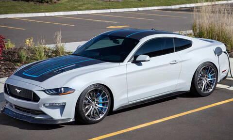 H ηλεκτρική Ford Mustang Lithium είναι θηρίο, καθώς έχει 912 ίππους