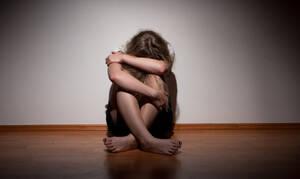 Τσιάρας: Αυστηροποιούνται οι ποινές για τους παιδεραστές (vid)