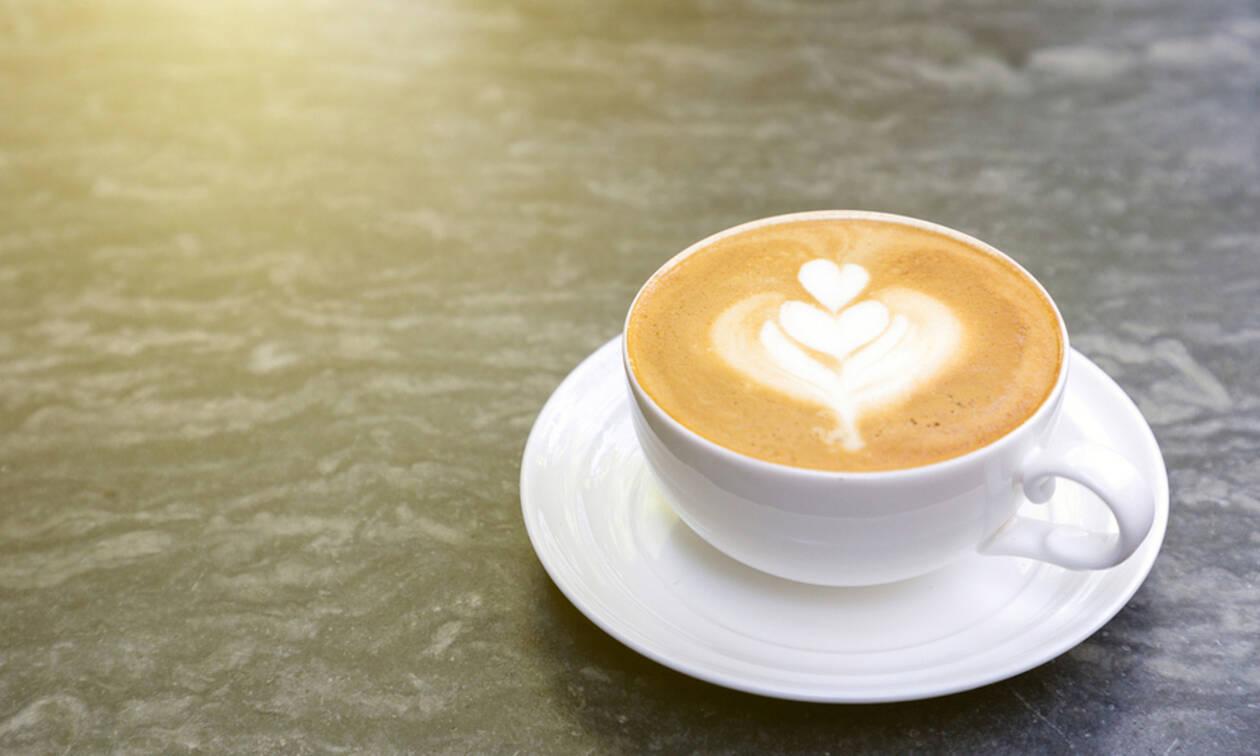 Καφές: Tips για να μεγιστοποιήσετε τα οφέλη από την κατανάλωση (video)