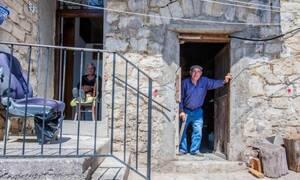 Σε αυτή την πόλη ο Δήμαρχος δίνει δωρεάν σπίτια – Ποιοι τα δικαιούνται