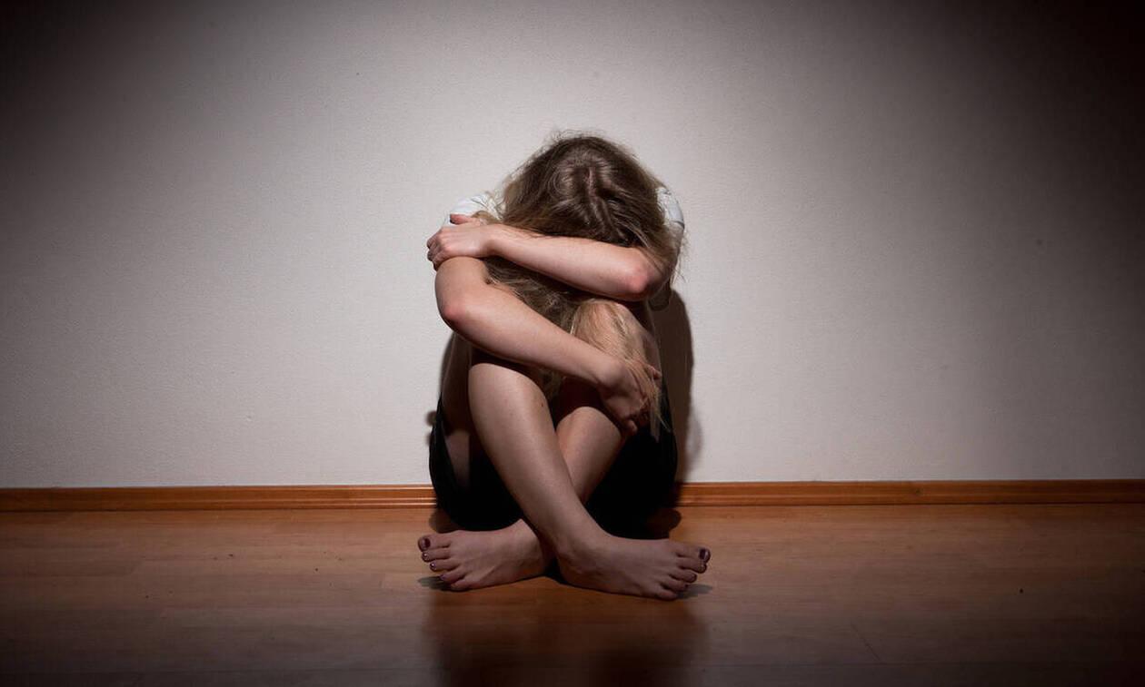 Συγκλονίζει γνωστή ηθοποιός: «Δέχτηκα σεξουαλική παρενόχληση στα 12» (pics)