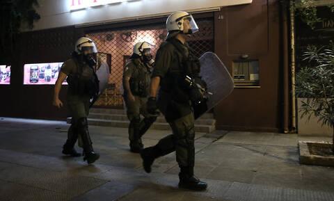 Εξάρχεια: Χειροπέδες σε μέλος του Ρουβίκωνα για επίθεση σε αστυνομικούς