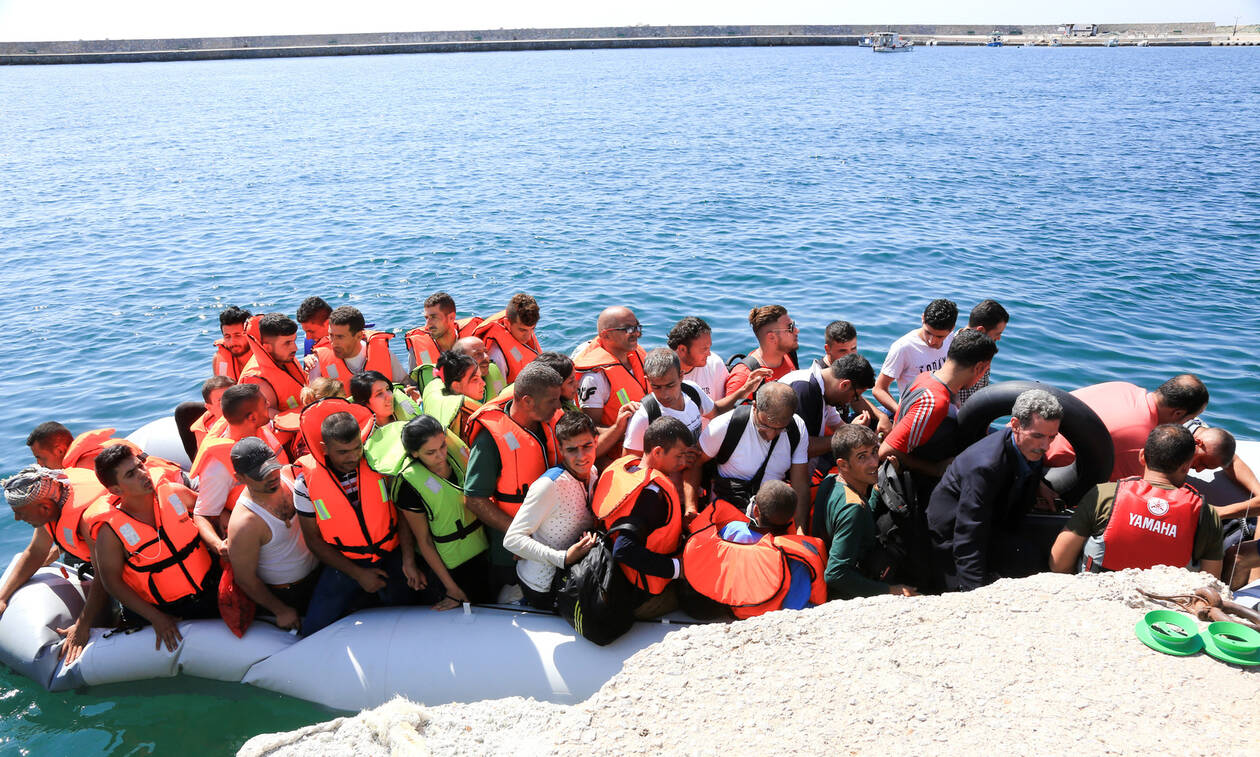 Δραματική κατάσταση στο μεταναστευτικό: Αυτά είναι τα στρατόπεδα που εξετάζονται για κέντρα κράτησης