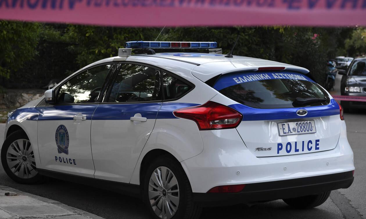 Μεγάλη επιχείρηση της Αντιτρομοκρατικής στην Αττική: 3 συλλήψεις - Κατασχέθηκαν όπλα και πυρομαχικά