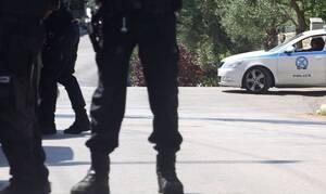 Καρέ καρέ η σύλληψη του κυκλώματος διακίνησης μεταναστών στην Κυψέλη (vid)
