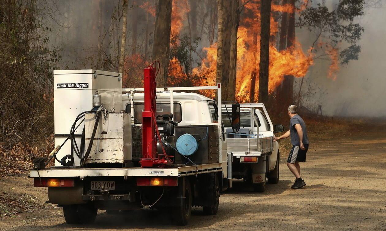 Αυστραλία: Τρεις νεκροί από τις πυρκαγιές - Τουλάχιστον 150 σπίτια έχουν καεί