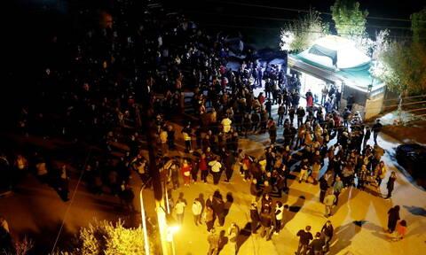 Διαβατά: Διαμαρτυρία κατοίκων για την άφιξη προσφύγων και μεταναστών (pics+vids)