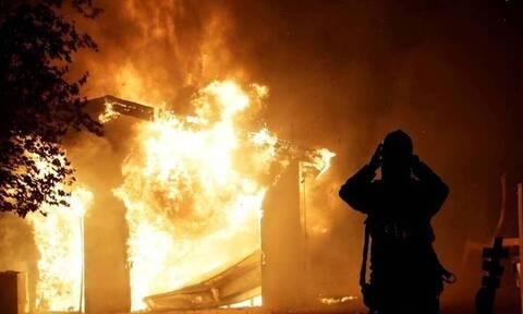 Αυστραλία: Μάχη με τις πυρκαγιές δίνουν οι πυροσβέστες - Θα κινδυνεύσουν σπίτια και ζωές