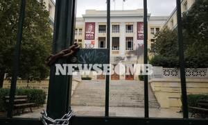 ΑΣΟΕΕ: Βρήκαν «επιχειρησιακό στρατηγείο» στο υπόγειο - Φωτογραφίες και βίντεο από τα ευρήματα