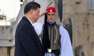 Στην Αθήνα ο Πρόεδρος της Κίνας: Συναντάται με Παυλόπουλο και Μητσοτάκη – Όλο το πρόγραμμα