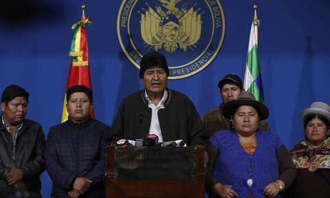 Πολιτική κρίση στη Βολιβία: Ραγδαίες εξελίξεις πυροδοτεί η παραίτηση του προέδρου Μοράλες