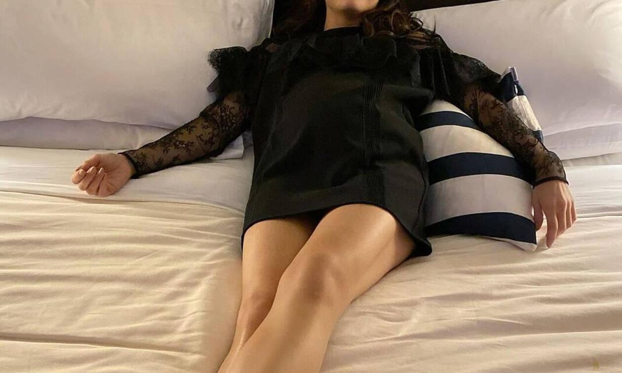 Πρώτη δημοσία εμφάνιση με φουσκωμένη κοιλίτσα για διάσημη ηθοποιό! (Photos)