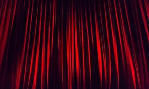 Τρόμος σε θεατρική παράσταση: Μαχαίρωσε ηθοποιούς επί σκηνής (vid)