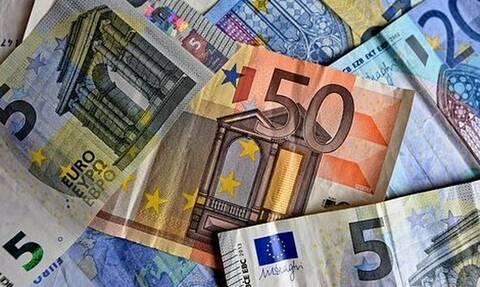 Φορολογικό νομοσχέδιο: Αλλαγές στις ηλεκτρονικές πληρωμές στο... παρά πέντε