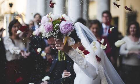 Επικός γάμος στην Κοζάνη: Η είσοδος της νύφης τους άφησε όλους άφωνους (pics+vids)