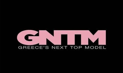 Πρώην παίκτρια του GNTM φωτογραφίζεται με τα απολύτως απαραίτητα (photos)