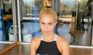 Ντορέττα Παπαδημητρίου: 4 ασκήσεις sos για να αποκτήσεις τους κοιλιακούς της