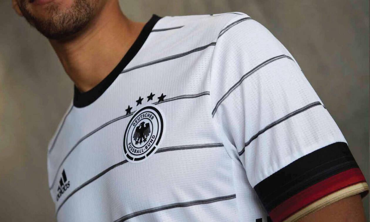 Μυθική γκάφα στις φανέλες των παικτών της Γερμανίας!