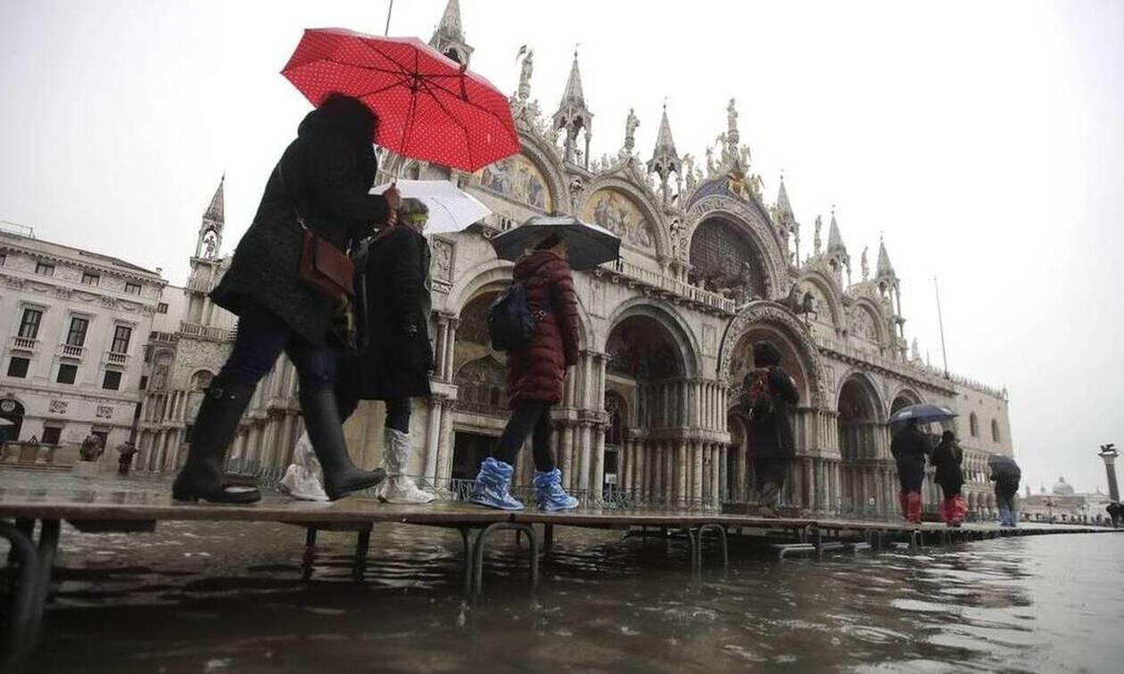 Βενετία: Δύο νεκροί από τις πλημμύρες - Σε «κατάσταση εκτάκτου ανάγκης» η πόλη