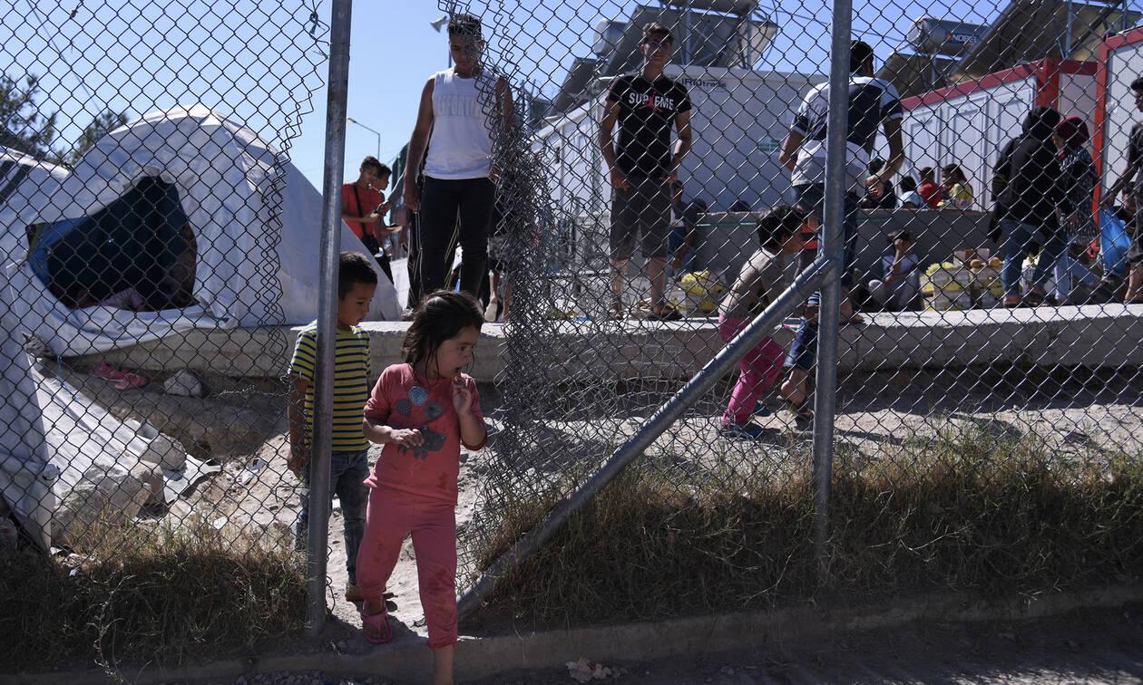 Έκθεση-κόλαφος: «Ιδιαίτερα κρίσιμη» η κατάσταση στα ελληνικά hotspots - Ανάγκη δράσης από την ΕΕ