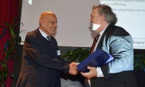 Ο κορυφαίος καρδιοχειρουργός Μαγκντί Γιακούμπ στο Ευρωπαϊκό Πανεπιστήμιο Κύπρου