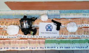 «Κοκορέτσι», «κάστανα», «πράσα»: Τα συνθηματικά του κυκλώματος ναρκωτικών που εξάρθρωσε η Αστυνομία