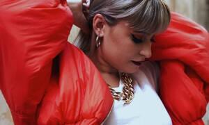 Vemily: Το κορίτσι που έχει κάνει το YouTube να τραγουδά στις μελωδίες της φωνής της