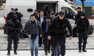 ΥΠΕΞ για τους 8 Τούρκους: Αδιανόητο να έχουν συμβεί τα όσα καταγγέλλονται – Το επίμαχο δημοσίευμα