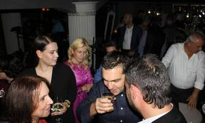 Αλέξης Τσίπρας: Χαλαρά, για ποτάκι στην Κοζάνη (pics)