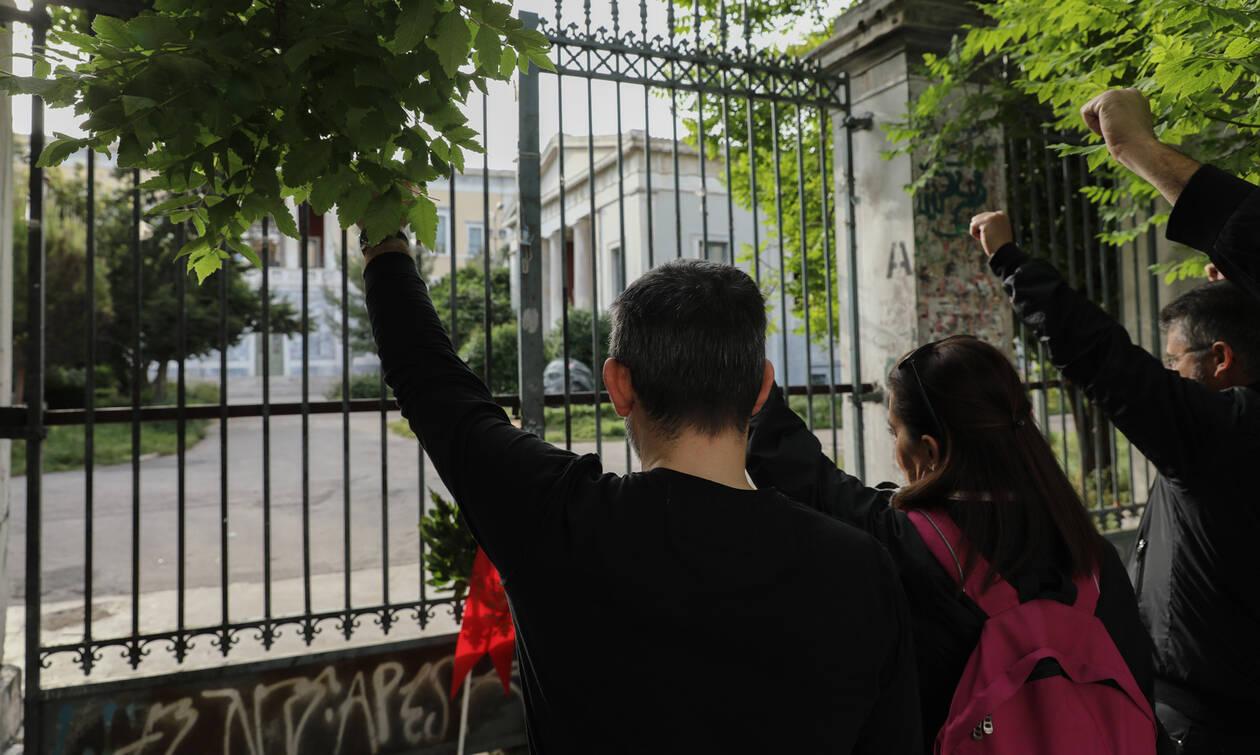 Επέτειος Πολυτεχνείου: Ξεκίνησε ο τριήμερος εορτασμός – Κλειστοί δρόμοι και δρακόντεια μέτρα