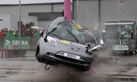 Πόσο ασφαλή είναι τελικά τα ηλεκτρικά αυτοκίνητα;
