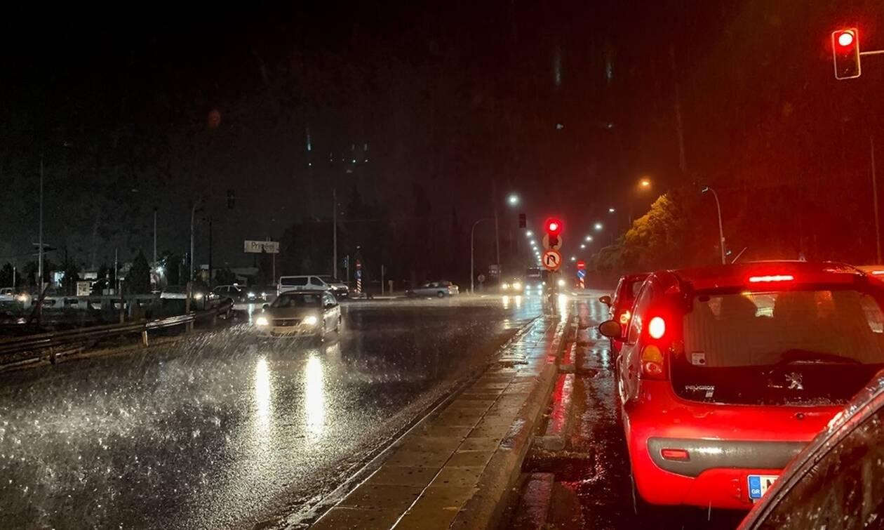 Καιρός - Νέα επιδείνωση: Έρχονται καταιγίδες και θυελλώδεις άνεμοι - Ποιες περιοχές θα πληγούν