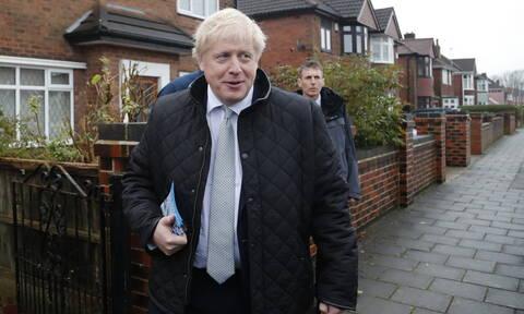 Βρετανία: Προβάδισμα στους Συντηρητικούς δίνουν νέες δημοσκοπήσεις