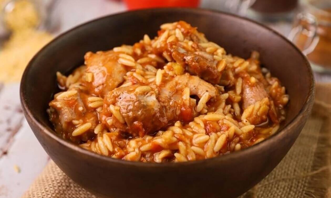 Σήμερα φτιάξτε υπέροχο γιουβέτσι με κοτόπουλο