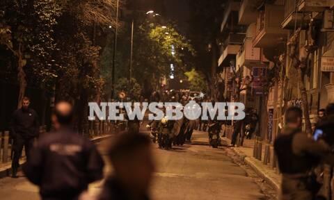 ΤΩΡΑ: Μυρίζει μπαρούτι στα Εξάρχεια - Έτοιμοι για αντεπίθεση οι αντιεξουσιαστές