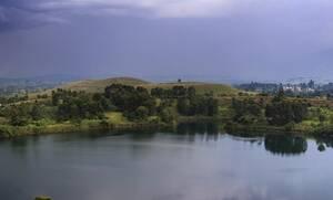 Φρίκη: Η βουτιά στην λίμνη έγινε εφιάλτης – Δείτε τι μπήκε στο μόριο του (pics)