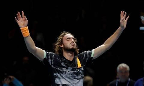 Στέφανος Τσιτσιπάς: «Βασιλιάς» στο Λονδίνο ο Έλληνας τενίστας - Το σήκωσε στο Λονδίνο