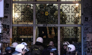 Εξάρχεια: Δεύτερη επιχείρηση σε διαμέρισμα στη Στουρνάρη - Τι εντόπισε η Αστυνομία