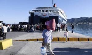 Στο Πειραιά κατέπλευσαν δύο πλοία με 179 πρόσφυγες και μετανάστες από το Ανατολικό Αιγαίο