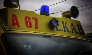 Συναγερμός στην Παλλήνη: Άνδρας έπεσε στις γραμμές του Προαστιακού (pics)