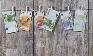 Νέοι επαγγελματίες: Πόσο φόρο θα πληρώνουν και από πότε