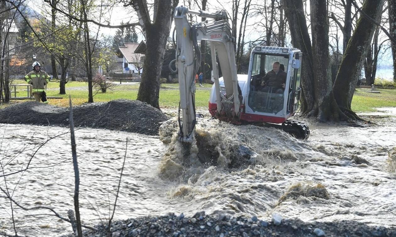 Τραγωδία στην Αυστρία: Ένας νεκρός από κατολίσθηση, που προκάλεσαν οι ισχυρές βροχοπτώσεις