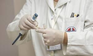 Σάλος στη Γαλλία: Γιατρός ύποπτος για δεκάδες βιασμούς και σεξουαλικές επιθέσεις εναντίον ανήλικων