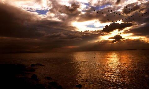 Καιρός: Η εξέλιξη της κακοκαιρίας - Πού θα σημειωθούν βροχές και καταιγίδες την Τρίτη