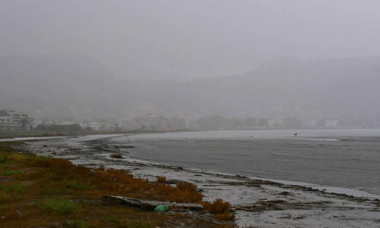 Καιρός τώρα: Τρίτη με σκόνη και βροχές σε πολλές περιοχές - Έντονα φαινόμενα από το απόγευμα (pics)