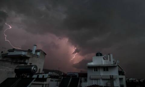Έκτακτο δελτίο καιρού: Σφοδρή κακοκαιρία την Τετάρτη - Πού θα είναι έντονα τα φαινόμενα