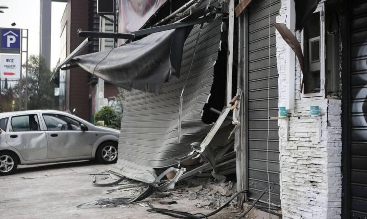 Αθήνα: Ισχυρή έκρηξη σε κατάστημα ερωτικών ειδών στο Γκάζι (pics&vid)