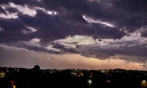 Καιρός: Σε κλοιό κακοκαιρίας η χώρα - Έπεσαν 3.700 κεραυνοί - Έρχεται νέο κύμα βροχών και καταιγίδων