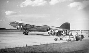 Απόκοσμο θέαμα! Αεροπλάνο προσγειώθηκε μετά από 35 χρόνια - Δείτε πώς βρήκαν τους επιβάτες